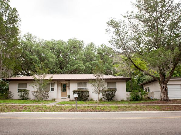 4 bed 2 bath Single Family at 610 SE Lakeview Dr Keystone Heights, FL, 32656 is for sale at 210k - 1 of 23
