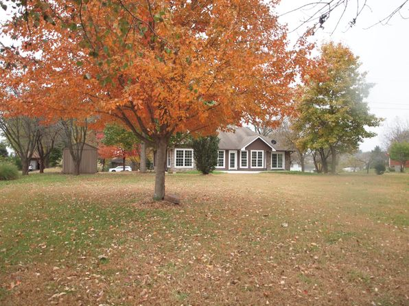 3 bed 3 bath Single Family at 709 Delaware Dr Ozawkie, KS, 66070 is for sale at 187k - 1 of 33