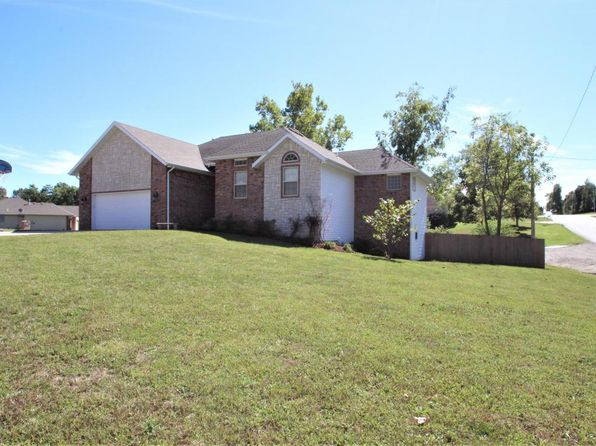 4 bed 3 bath Single Family at 102 Brook Hills Dr Marshfield, MO, 65706 is for sale at 185k - 1 of 81