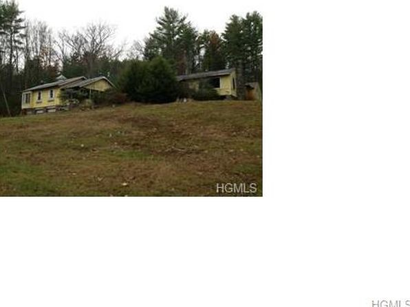 4 bed 2 bath Single Family at 11 WALDWEG DR SPARROW BUSH, NY, 12780 is for sale at 75k - google static map