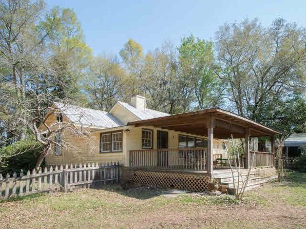 3 bed 2 bath Single Family at 17151 County Road 55 Summerdale, AL, 36580 is for sale at 299k - 1 of 56