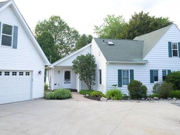 3 bed 2.5 bath Single Family at 6637 Roselawn Ave Clarkston, MI, 48346 is for sale at 350k - 1 of 57