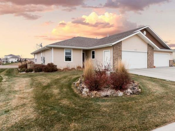 3 bed 2 bath Townhouse at 3802 Downing St Bismarck, ND, 58504 is for sale at 310k - 1 of 22