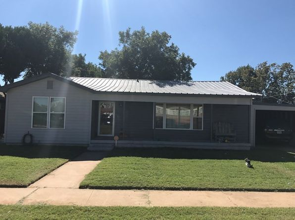 3 bed 2 bath Single Family at 145 E 14th St Colorado City, TX, 79512 is for sale at 128k - 1 of 18