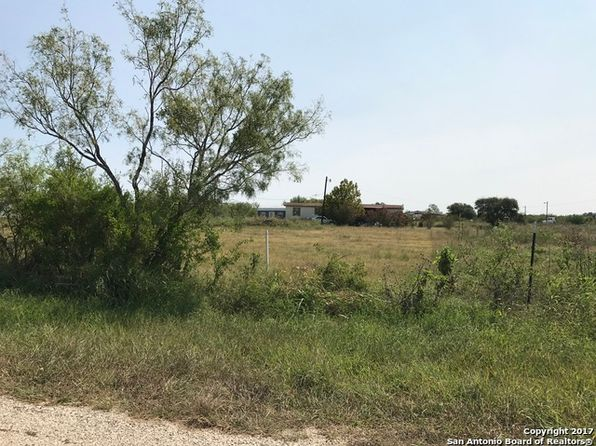 null bed null bath Vacant Land at 255 County Road 467 Hondo, TX, 78861 is for sale at 49k - 1 of 7