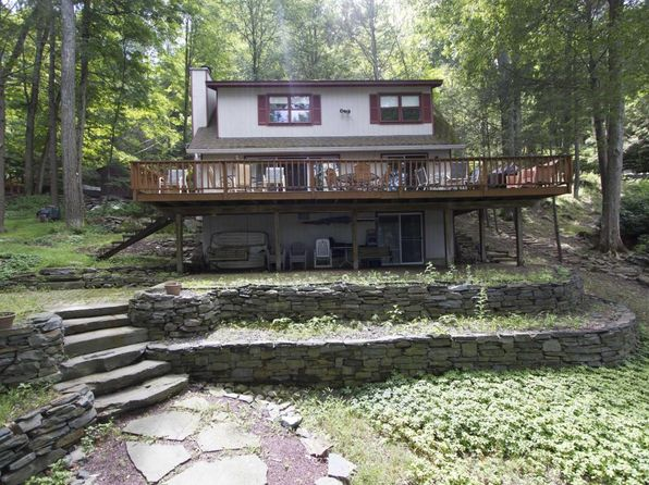 4 bed 2 bath Single Family at 121 Big Woods Ii Rd Greentown, PA, 18426 is for sale at 429k - 1 of 22