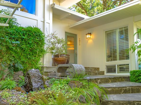 3 bed 3 bath Single Family at 1011 Lake Shore Rd Lake Oswego, OR, 97034 is for sale at 1.20m - 1 of 32