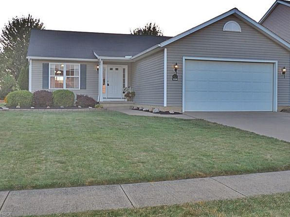 3 bed 3 bath Single Family at 5510 Lavender Ct North Ridgeville, OH, 44039 is for sale at 205k - 1 of 35