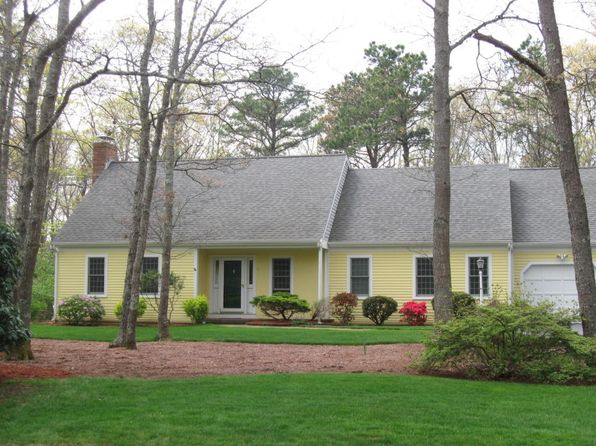 4 bed 2 bath Single Family at 6 Harvest Ln Sandwich, MA, 02563 is for sale at 490k - 1 of 32