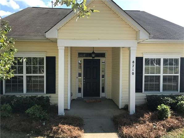 3 bed 2 bath Single Family at 8710 Arrowhead Place Ln Cornelius, NC, 28031 is for sale at 220k - 1 of 2