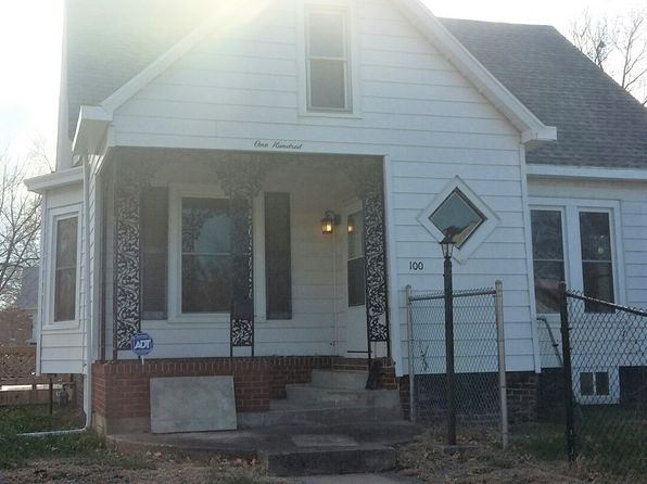 4 bed 2 bath Single Family at 100 W Pine St Springfield, IL, 62704 is for sale at 135k - 1 of 41