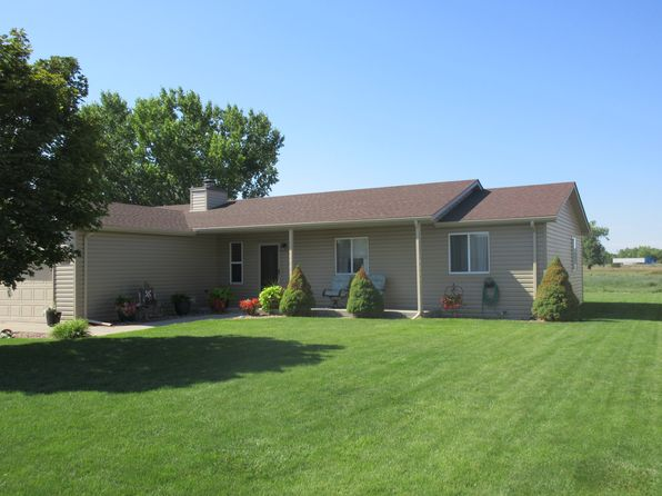 4 bed 2 bath Single Family at 1121 Hackberry Rd North Platte, NE, 69101 is for sale at 190k - 1 of 36
