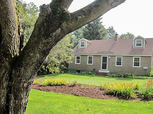 3 bed 2 bath Single Family at 1246 Latham Rd Thetford Center, VT, 05075 is for sale at 281k - 1 of 16