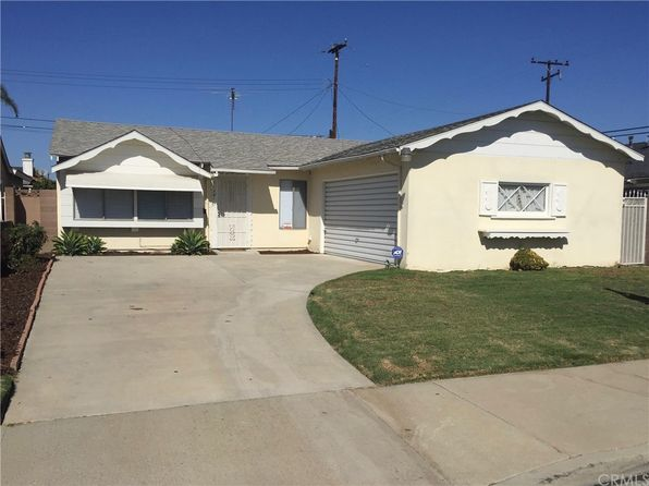 3 bed 2 bath Single Family at 11381 WALCROFT ST LAKEWOOD, CA, 90715 is for sale at 550k - 1 of 16