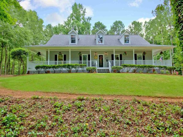 3 bed 3 bath Single Family at 135 Majesty Ln Fayetteville, GA, 30215 is for sale at 309k - 1 of 36