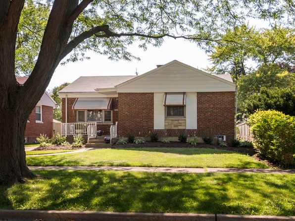 2 bed 1 bath Single Family at 1506 Manchester Ave Westchester, IL, 60154 is for sale at 170k - 1 of 15