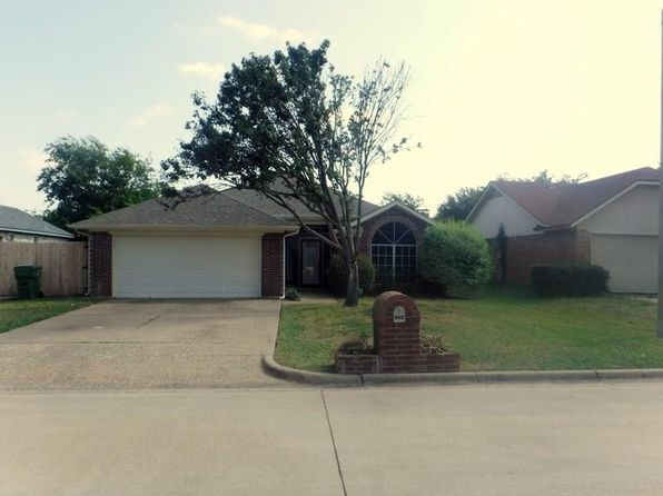 3 bed 2 bath Single Family at 1208 Eastfield Dr Mansfield, TX, 76063 is for sale at 179k - 1 of 24