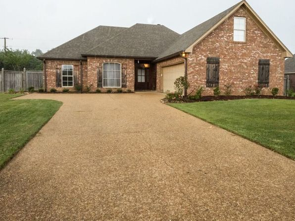 4 bed 2 bath Single Family at 106 Marion Dr Clinton, MS, 39056 is for sale at 235k - 1 of 27