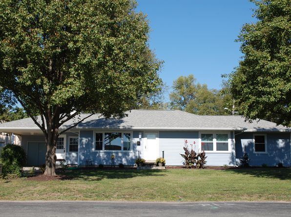 3 bed 2 bath Single Family at 929 W South St Mascoutah, IL, 62258 is for sale at 165k - 1 of 36