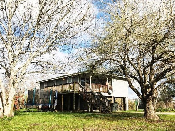 2 bed 1 bath Single Family at 6013 CEDAR ST BRAZORIA, TX, 77422 is for sale at 96k - 1 of 13