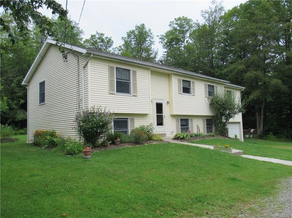 4 bed 3 bath Single Family at 8726 Phillips Rd Holland, NY, 14080 is for sale at 170k - 1 of 23