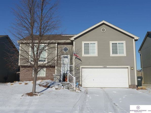 3 bed 2 bath Single Family at 7360 N 76th St Omaha, NE, 68122 is for sale at 170k - 1 of 26