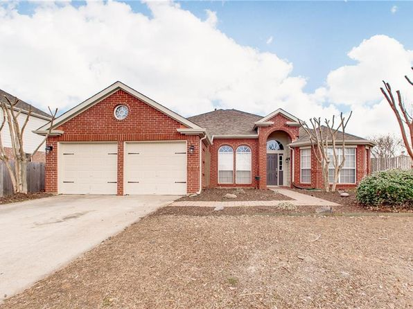 4 bed 2 bath Single Family at 700 RIVER OAK WAY LAKE DALLAS, TX, 75065 is for sale at 269k - 1 of 29