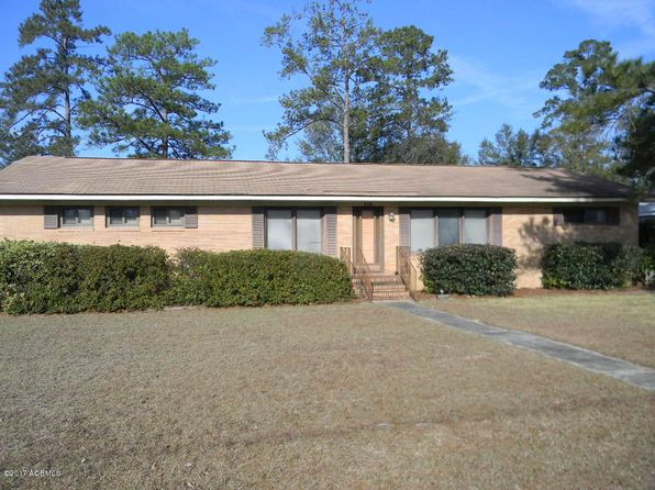 3 bed 2 bath Single Family at 113 3rd St Varnville, SC, 29944 is for sale at 88k - 1 of 21