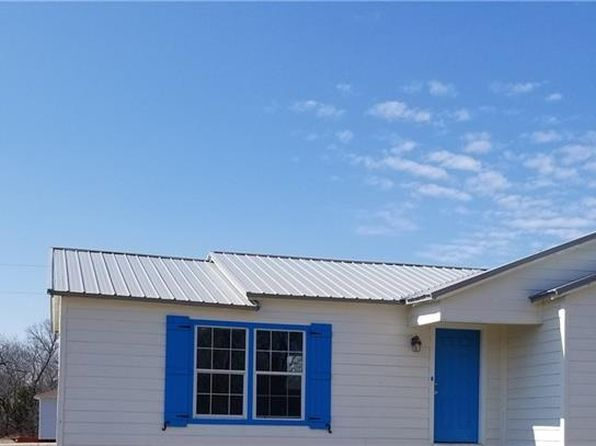 2 bed 1 bath Single Family at 309 Spring Valley Cir Azle, TX, 76020 is for sale at 128k - 1 of 10