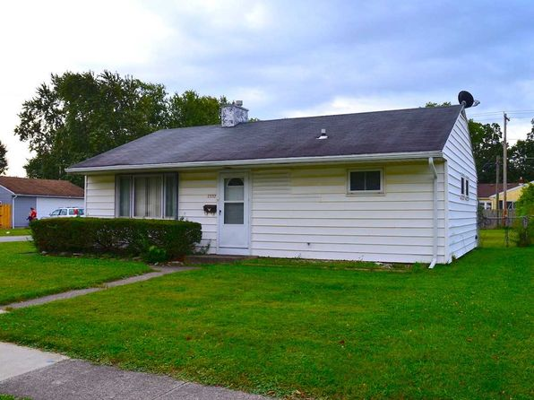 3 bed 1 bath Single Family at 2332 Hazelwood Ave Fort Wayne, IN, 46805 is for sale at 68k - 1 of 18
