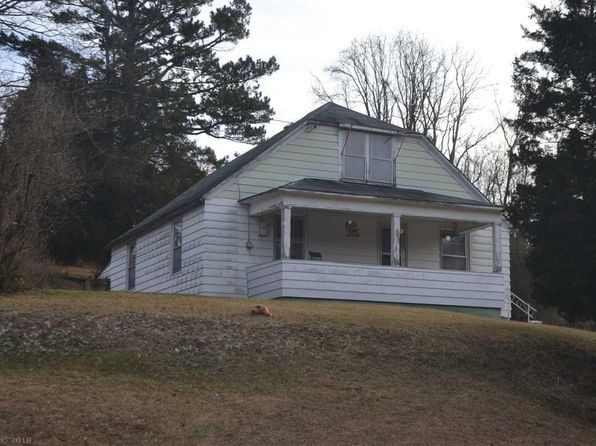 3 bed 1 bath Single Family at 773 Walkers Creek Valley Rd Pearisburg, VA, 24134 is for sale at 45k - 1 of 16
