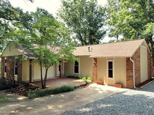 4 bed 2 bath Single Family at 451 Creekside Dr Asheville, NC, 28804 is for sale at 241k - 1 of 8