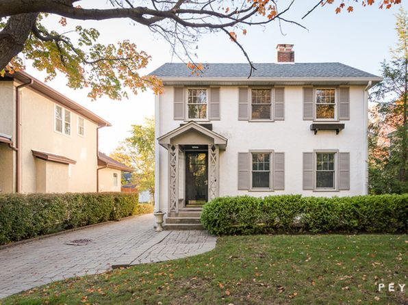 4 bed 4 bath Single Family at 942 Pine St Winnetka, IL, 60093 is for sale at 899k - 1 of 27