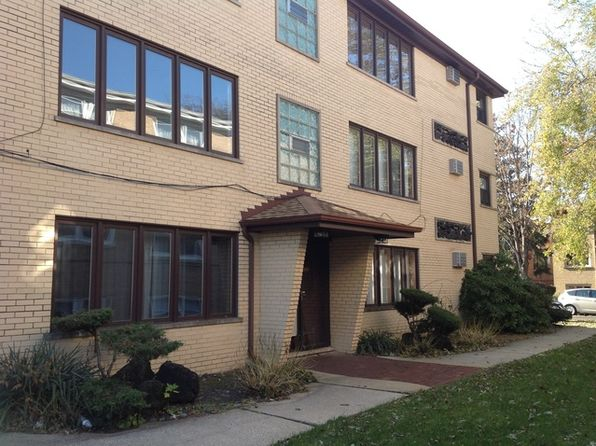 2 bed 1 bath Condo at 2419 N 77th Ave Elmwood Park, IL, 60707 is for sale at 133k - 1 of 7