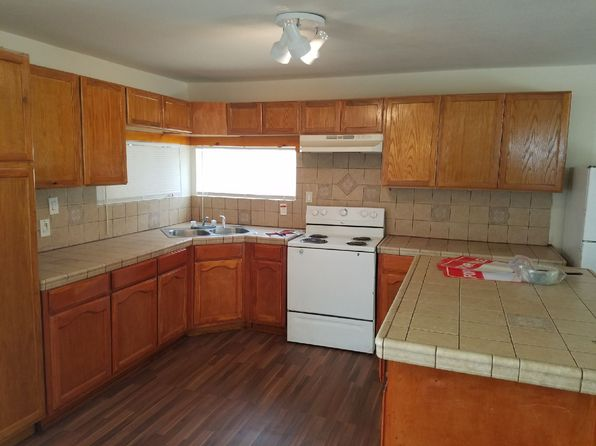 3 bed 2 bath Single Family at 32816 Topaz Rd Lucerne Valley, CA, 92356 is for sale at 167k - 1 of 16