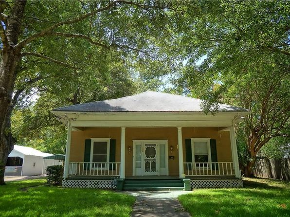 2 bed 1 bath Single Family at 105 Howard St Terrell, TX, 75160 is for sale at 90k - 1 of 36