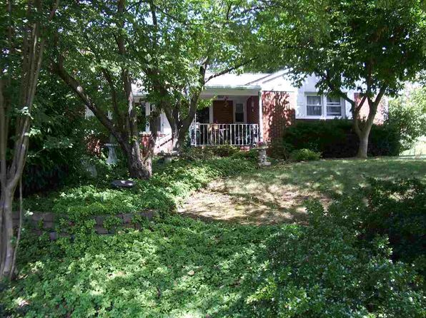 3 bed 2 bath Single Family at 301 Virginia Ave Elkton, VA, 22827 is for sale at 188k - 1 of 32