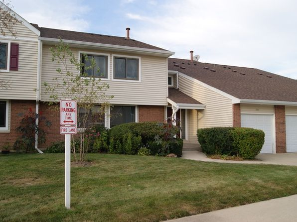 2 bed 1 bath Condo at 102 Autumn Ct Buffalo Grove, IL, 60089 is for sale at 170k - 1 of 8