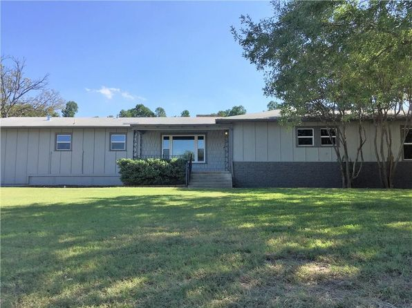 5 bed 3 bath Single Family at 3823 Williams Rd Benbrook, TX, 76116 is for sale at 240k - 1 of 36