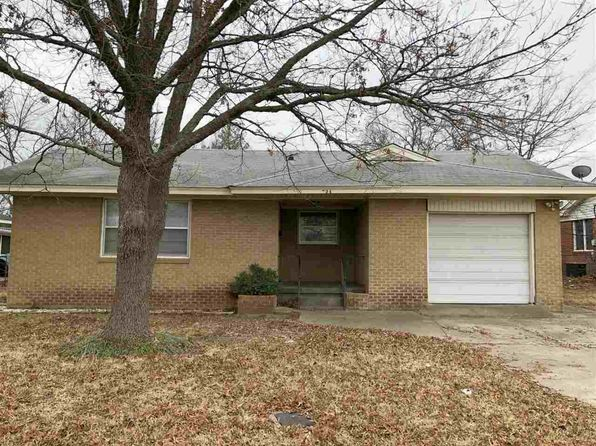 2 bed 1 bath Single Family at 724 Campbell St Ardmore, OK, 73401 is for sale at 65k - 1 of 11