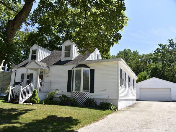 3 bed 1 bath Single Family at 3355 Fayette Ave SW Grandville, MI, 49418 is for sale at 154k - 1 of 10