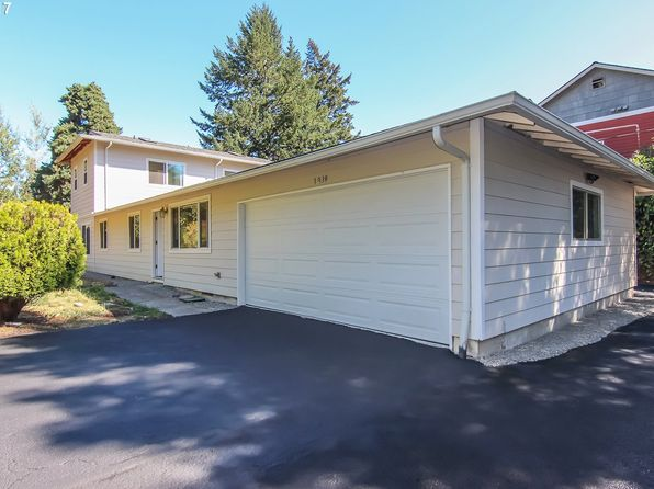 4 bed 3 bath Single Family at 3939 SW Plum St Portland, OR, 97219 is for sale at 525k - 1 of 25