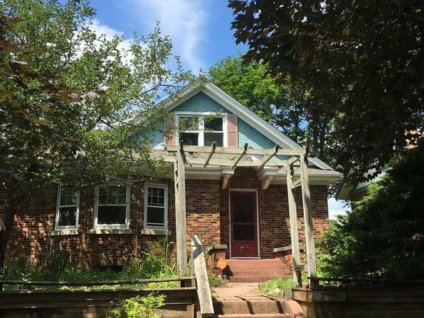 3 bed 1 bath Single Family at 2208 15th Ave Rockford, IL, 61104 is for sale at 52k - 1 of 2