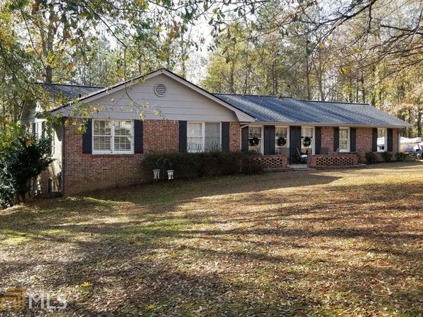 3 bed 2 bath Single Family at 174 Pinehill Rd Auburn, GA, 30011 is for sale at 160k - 1 of 12
