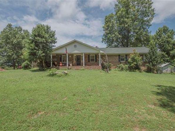 4 bed 3 bath Single Family at 1090 Ridgecrest Dr Kingston Springs, TN, 37082 is for sale at 530k - 1 of 6