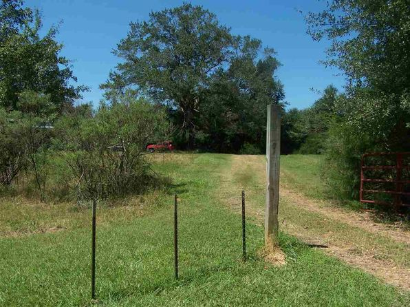 2 bed 1 bath Single Family at 8829 Highway 433 N Benton, MS, 39039 is for sale at 129k - 1 of 14