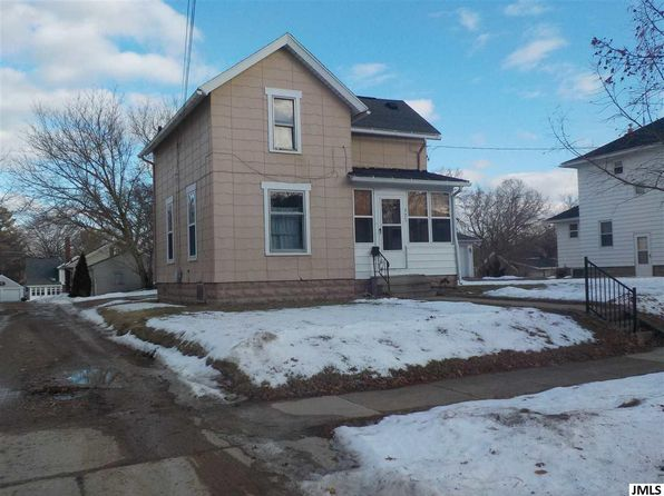 3 bed 1 bath Single Family at 723 Loomis St Jackson, MI, 49202 is for sale at 40k - google static map