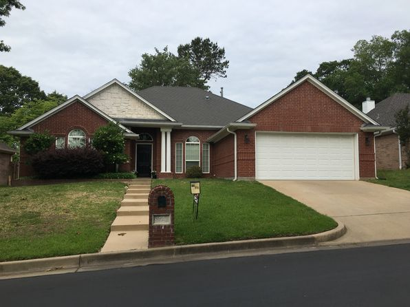 4 bed 2 bath Single Family at 5727 Thomas Nelson Dr Tyler, TX, 75707 is for sale at 230k - 1 of 52
