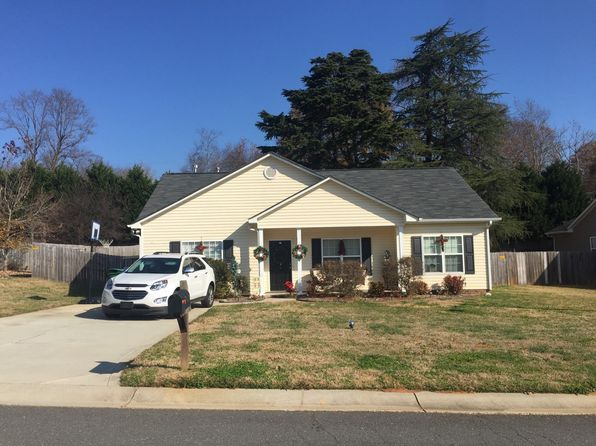 3 bed 2 bath Single Family at 7009 Weavers Run Cramerton, NC, 28032 is for sale at 165k - google static map