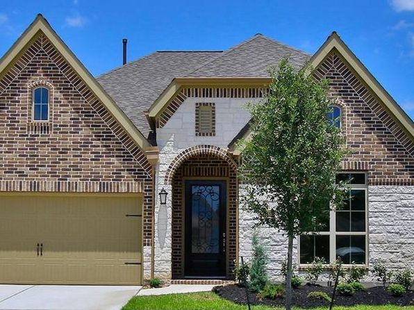3 bed 3 bath Single Family at 2944 Countryside Path Seguin, TX, 78155 is for sale at 324k - 1 of 2